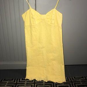 Yellow lily Pulitzer dress!!